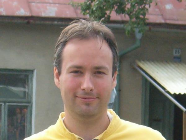 Kdo je: Petr Tomášek