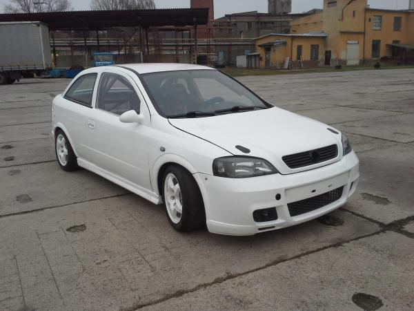 Opel Astra 2.0 16V OPC na prodej