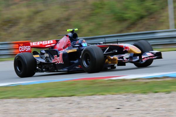 Na Masarykově okruhu se rozburácí silné motory, přijede i Formule 1. Diváci na tribuny můžou