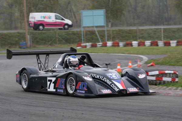 Ligier JS49 na prodej